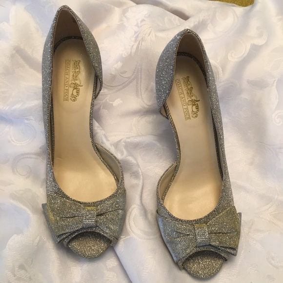5845616f12b Coach and Four Silver and GoldElegant Heels